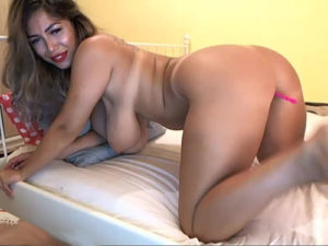 sexycreolyta4u bent over on bed hanging tits big ass