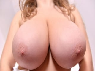 Samanta Lily is a very naughty cleaning lady