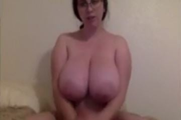 Filthy big boob cam slut dirty talk